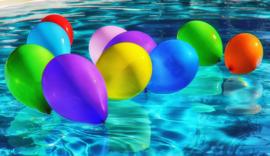 zeemeermin verjaardagsfeestje pakket 4. ( voor in het zwembad incl. huur staarten)