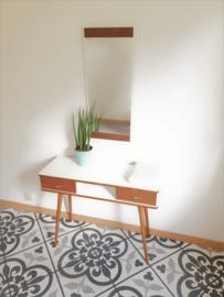 Kaptafel met spiegel