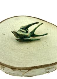 Broche zwaluw goud-groen