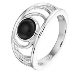 Zilveren ring bewerkt onyx