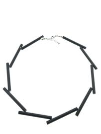 Handgemaakt collier lange stukken zwart