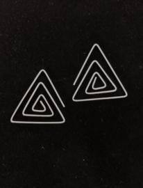 Driehoekige oorhanger