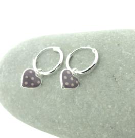 Zilveren oorringetjes hartje paars
