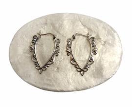 Zilveren oorhangers bali