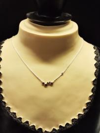 Zilveren collier met sterretjes