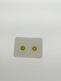 Oorstekers smiley geel