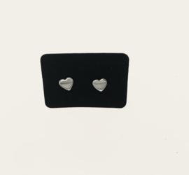 Zilveren oorstekers hartjes