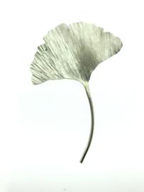 Ginkgo broche zilverkleur groot