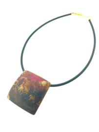 Handgemaakt gepatineerd collier vierkant