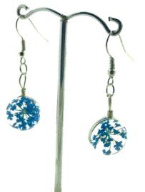 Oorhangers van kunsthars bloem blauw