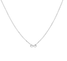 Zilveren set ketting en armband met infinity