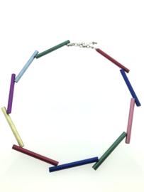 Handgemaakt collier lange stukken multicolor