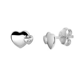 Zilveren oorstekers twee hartjes zirkonia