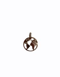 Zilveren kettinghanger wereldbol