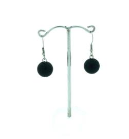 Zwarte hangoorbellen met een bolletje