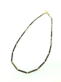 Handgemaakt gepatineerd collier staafjes goud