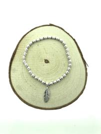 Zilveren armband veer