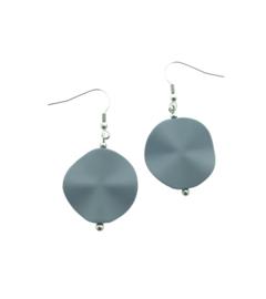 Handgemaakte oorhangers met kunsthars kraal grijs/zilver