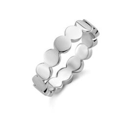Zilveren ring rondjes