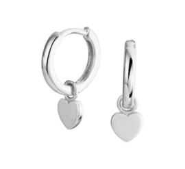 Zilveren oorringen met hartje