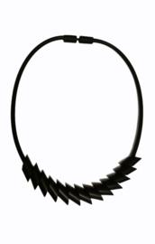 Tjongejonge collier cilinders zwart