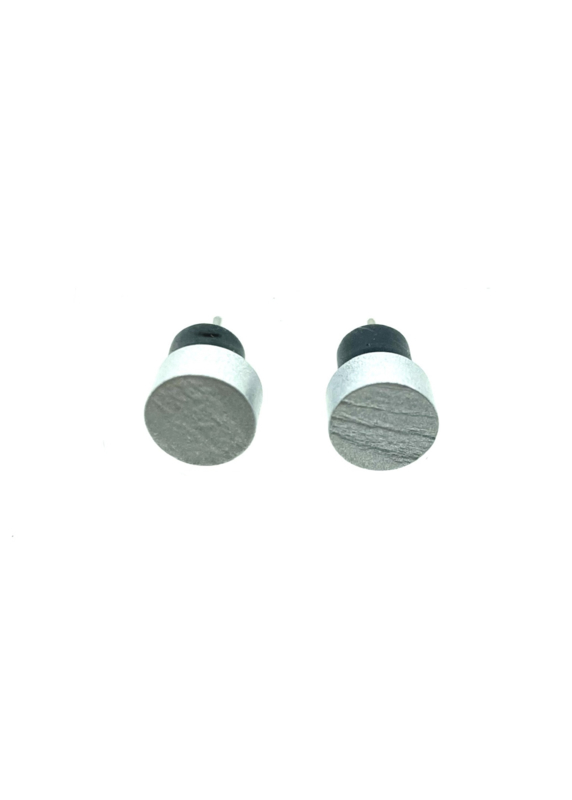Ronde oorstekers zilver