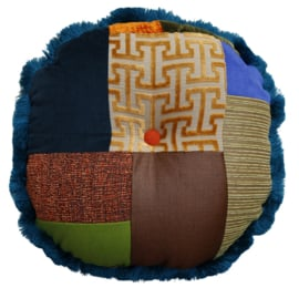 Patchwork kussen, A Patch of Multi, rond 55 x 55 cm (1)