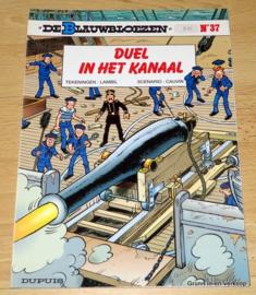 De Blauwbloezen Nr 37 - Duel in het Kanaal