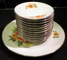 Brocante porseleinen Monopoli Porcellana D'Italia gebaksset