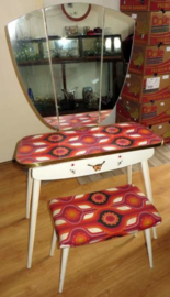 Vintage / Retro kaptafel met drieluik-spiegel + Kruk