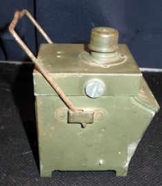 Oude militaire Engelse afbaken lamp