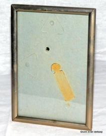 Vintage fotolijst met plat glas in een zilverkleurige lijst