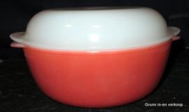 Arcopal France Opale, Rode ovenschaal met wit deksel