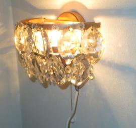 Messing wandlamp met pegels