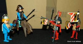 Playmobil 1974 Vintage rode ridders en blauwe ridders