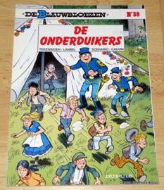 De Blauwbloezen Nr 38 - De Onderduikers