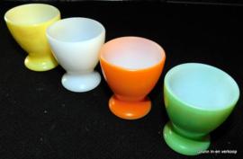 4 Brocante Arcopal eierdopjes