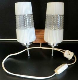 Wandlamp hout met 2 glas, 50 jaren