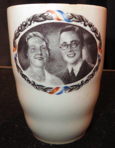 Prinses Juliana & Prins Bernhard, Herinneringsbeker 1937