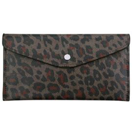 Purse envelope leopard