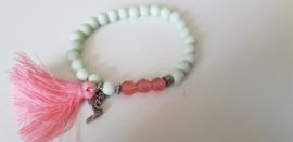 Armbandje Groen met elfje & roze kwast