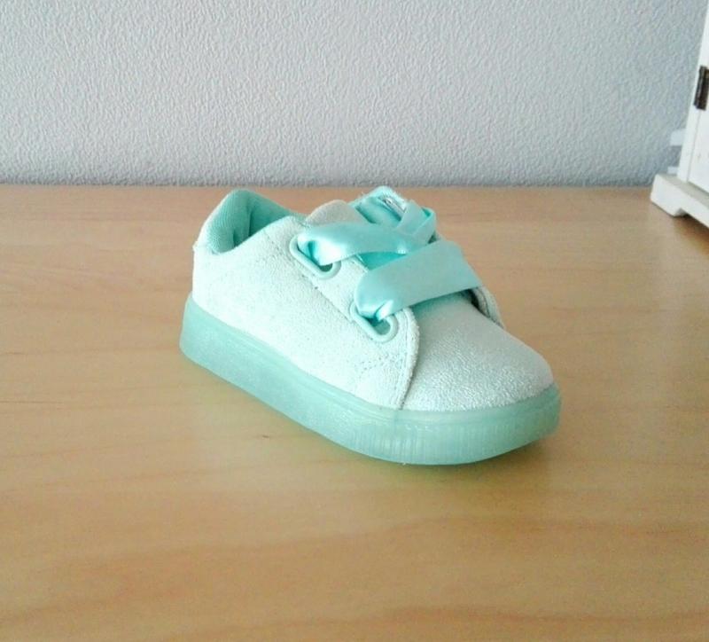 Minty satin ribbon sneakers