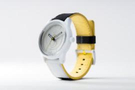Q&Q RP00J010Y Smile Solar tiener horloge 50 meter 40 mm zwart/ wit/ geel