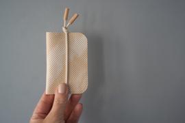 KNOT cardholder - printed  (plantaardig gelooid) leather