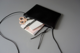 FLAT purse - black leather