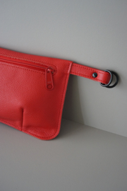 HIP POUCH - cherry leather