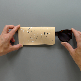 MINIMAL sunglasses cover - veg tanned natural leather / splattered