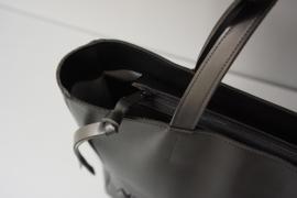 ZIP TOTE - black