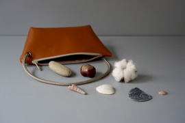 pouch with cord handle - cognac leather