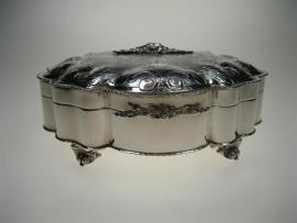 Zilveren theedoos uit een top collectie ca.1962